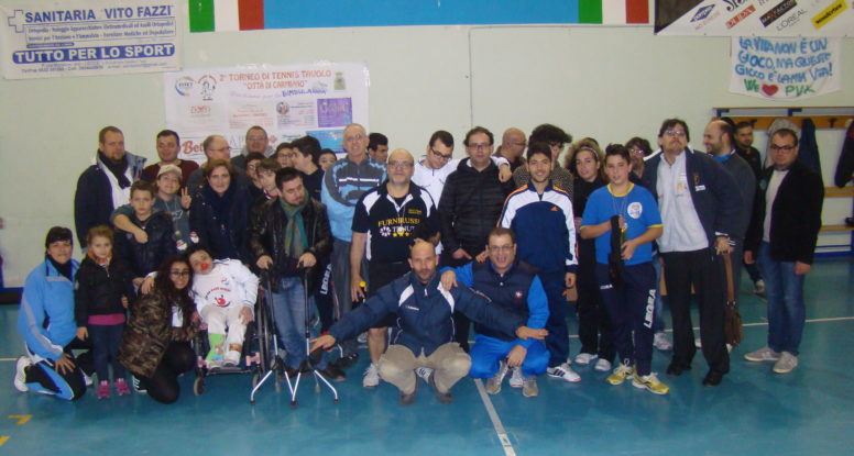 Foto di gruppo del torneo amatoriale
